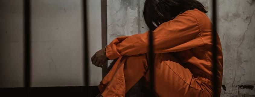 help incarcerated women